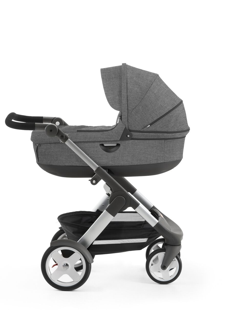 Stokke® Trailz™ with Stokke® Stroller Carry Cot, Black Melange. Classic Wheels.