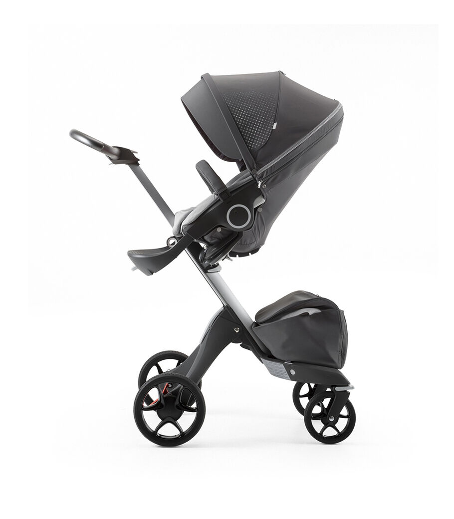 Stokke® Xplory® Silver Chassis and Seat. Athleisure Grey.