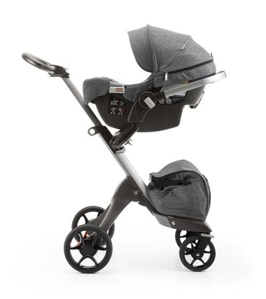 Stokke® PIPA™ By Nuna® car seat Black Melange. Mounted on Stokke® Xplory®. (USA only).