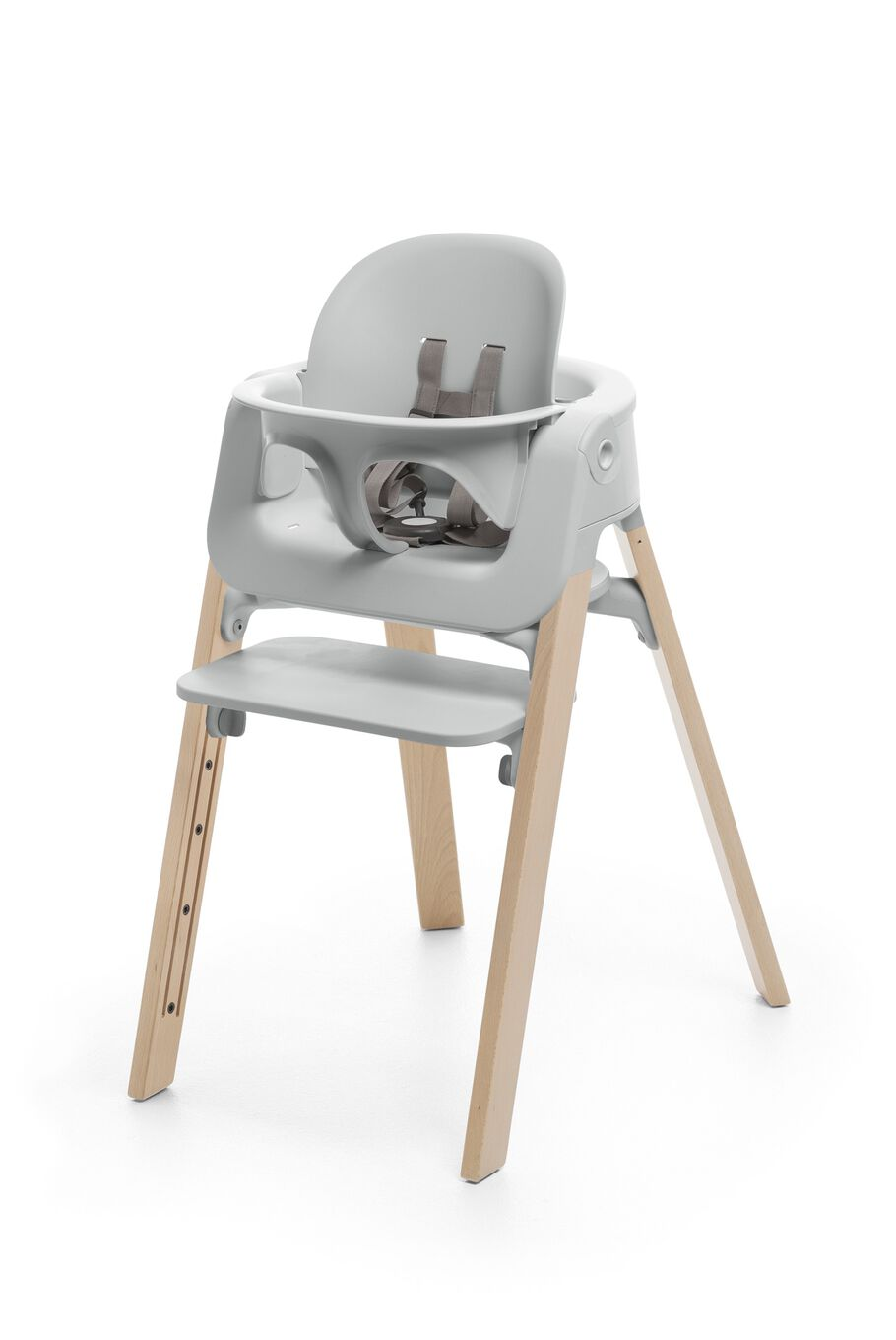 Stokke® Steps™ Natural chair with Baby Set Light Grey.