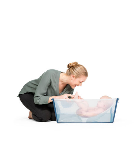 Stokke® Flexi Bath®. Transparent Blue. Newborn Support.