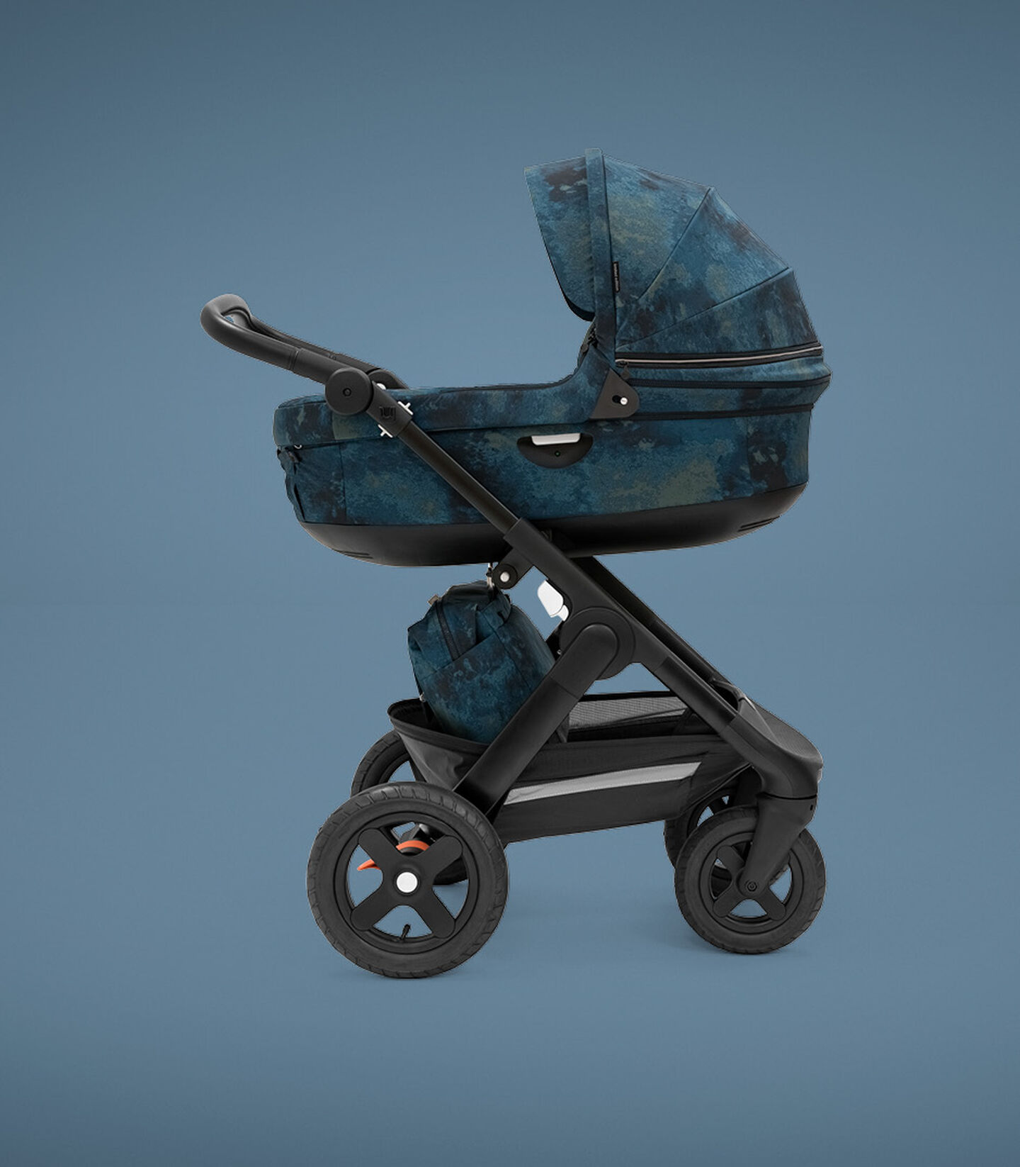 Stokke® Trailz™ Carry Cot. Freedom Limited Edition.