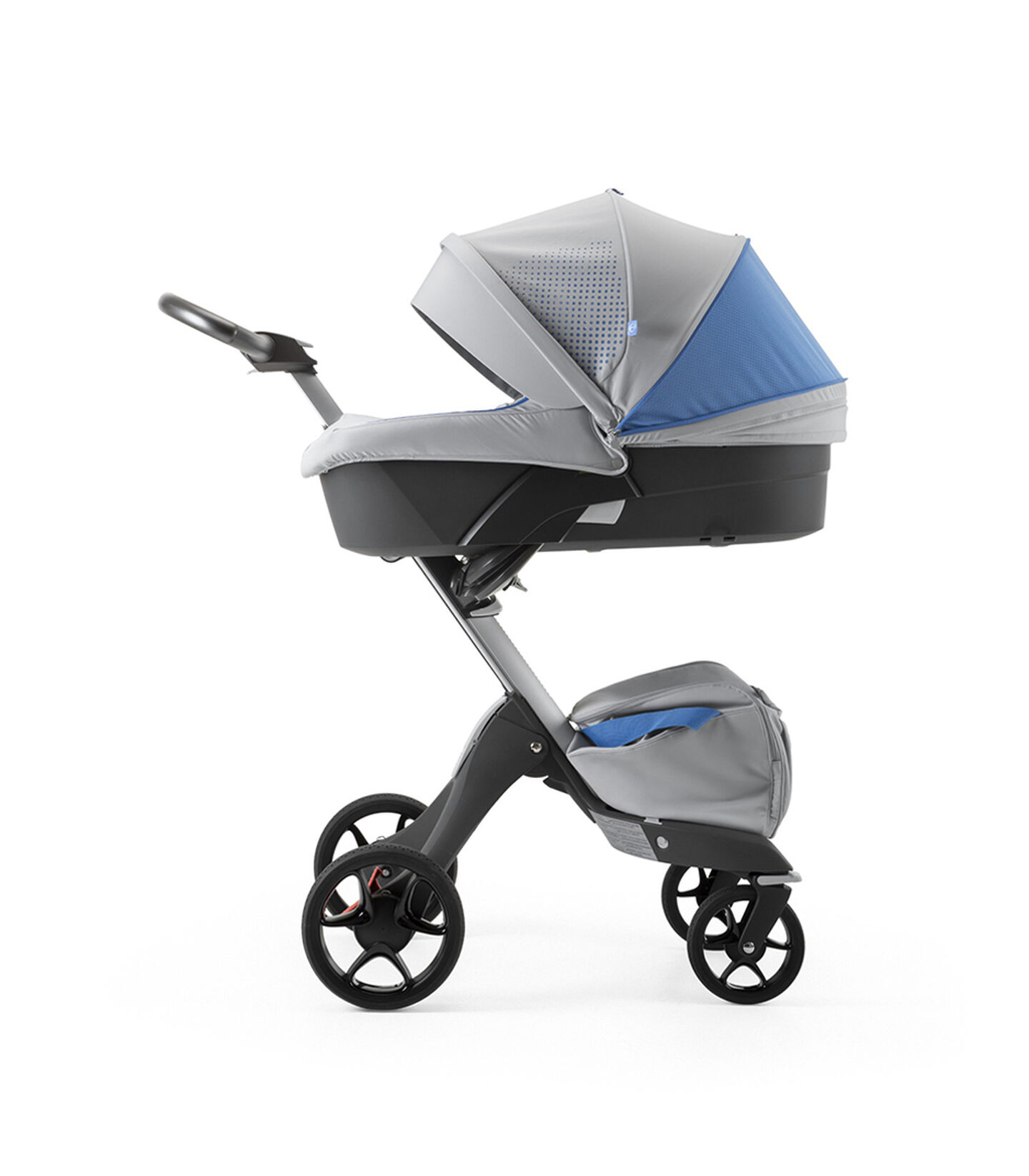 Stokke® Xplory® Silver Chassis and Carry Cot. Athleisure Marina.
