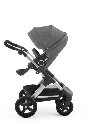 Stokke® Trailz™ with Stokke® Stroller Seat Black Melange.