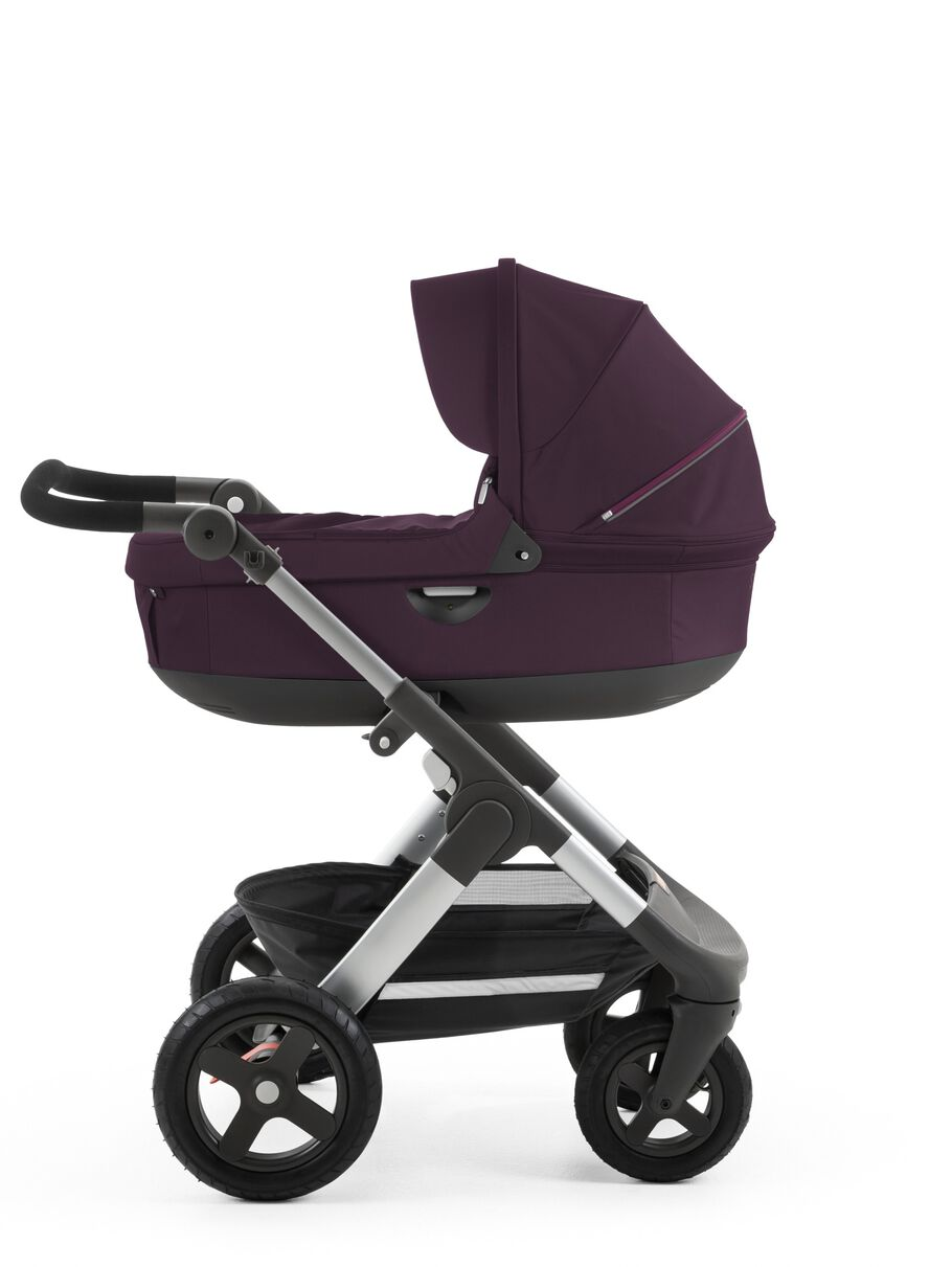Stokke® Trailz™ with Stokke® Stroller Carry Cot Purple.