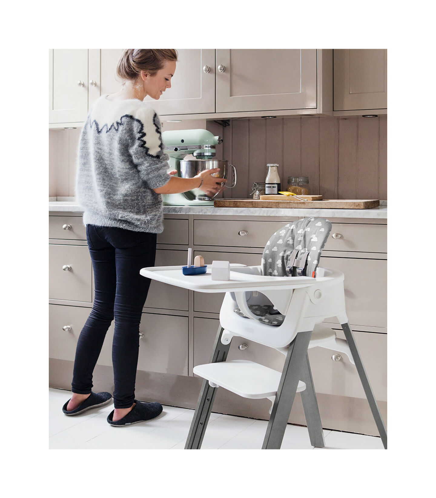 Stokke® Steps™ Storm Grey with Baby Set and Tray. Grey Clouds Cushion. view 2