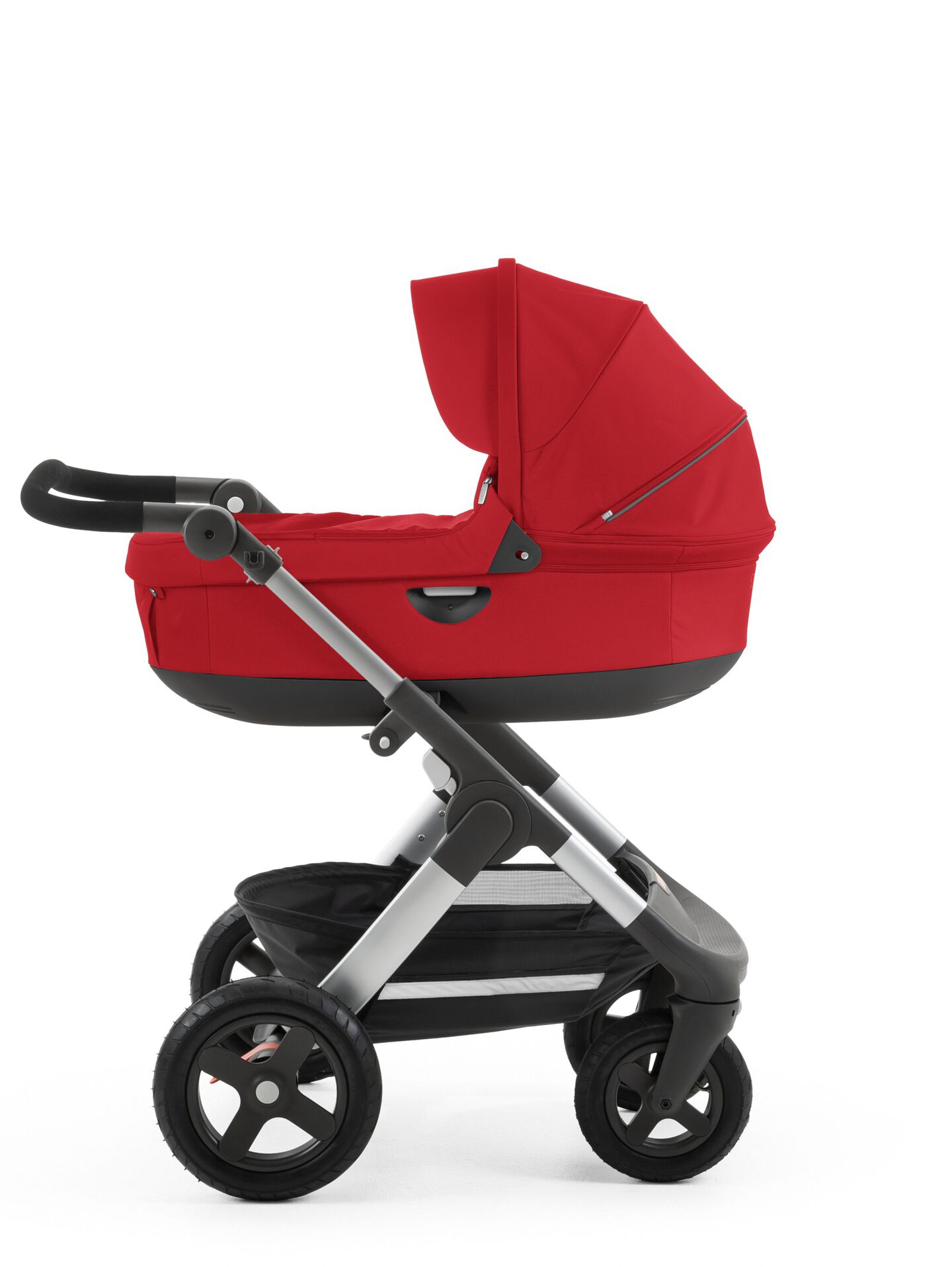 Stokke® Trailz™ with Stokke® Stroller Carry Cot Red.