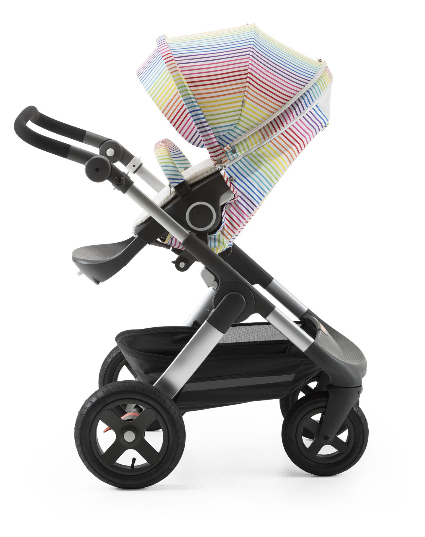 Stokke® Trailz™ with Stokke® Stroller Seat and Multi Stripe Summer Kit