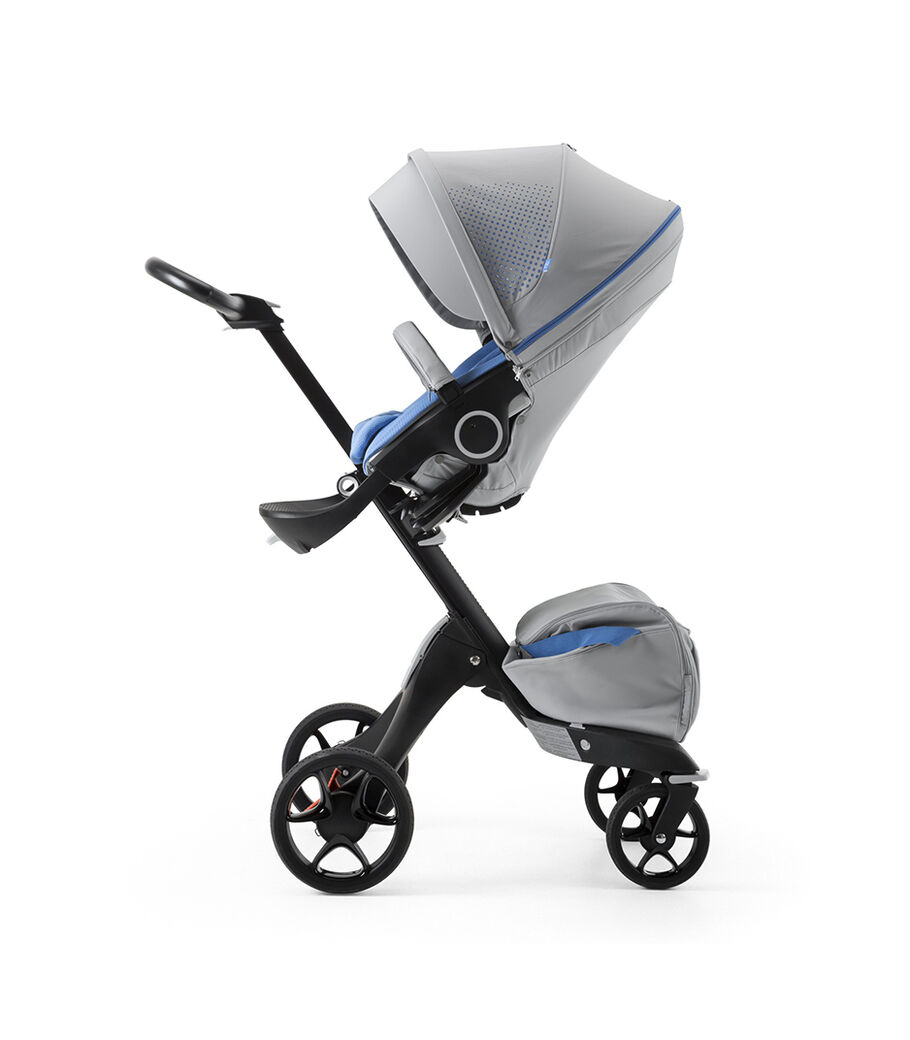 Stokke® Xplory® Black Chassis and Seat. Athleisure Marina.