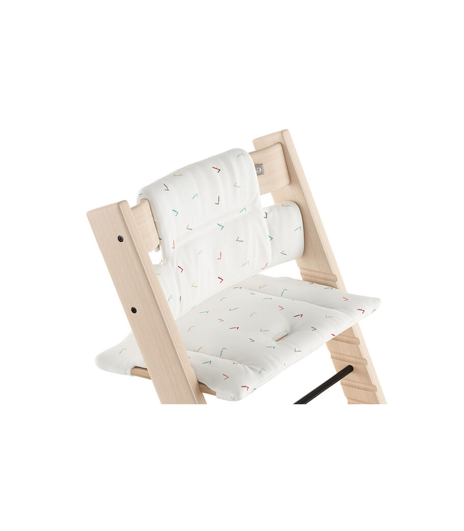 Tripp Trapp® Natural with Classic Cushion Icon Multicolor.