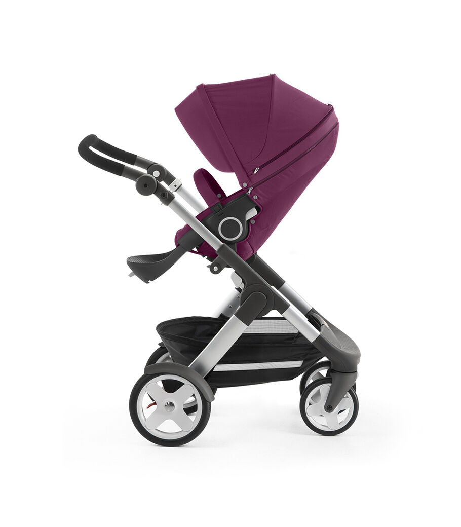 Stokke® Trailz™ with Stokke® Stroller Seat, Purple. Classic Wheels.