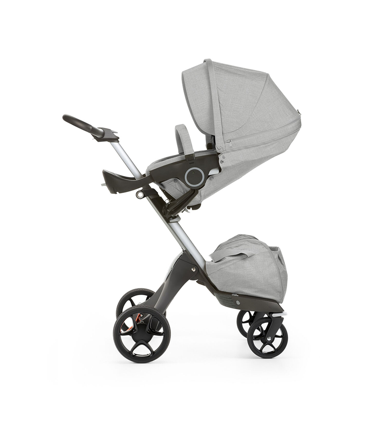 Stokke® Xplory® with Stokke® Stroller Seat, parent facing, sleep position. Grey Melange. New wheels 2016. view 2