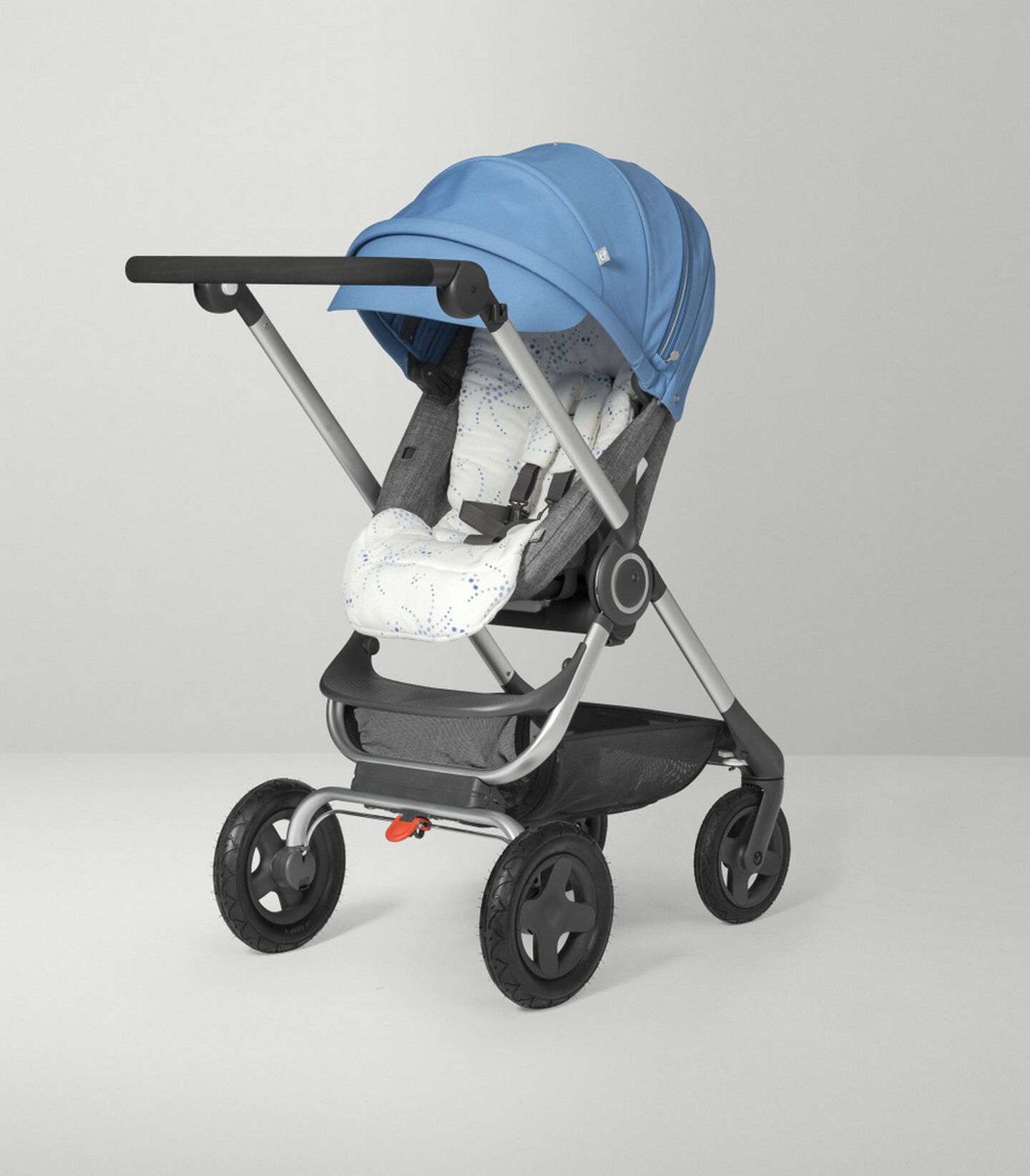 Stokke Scoot™ Seat.Black Melange/Blue. Active position.