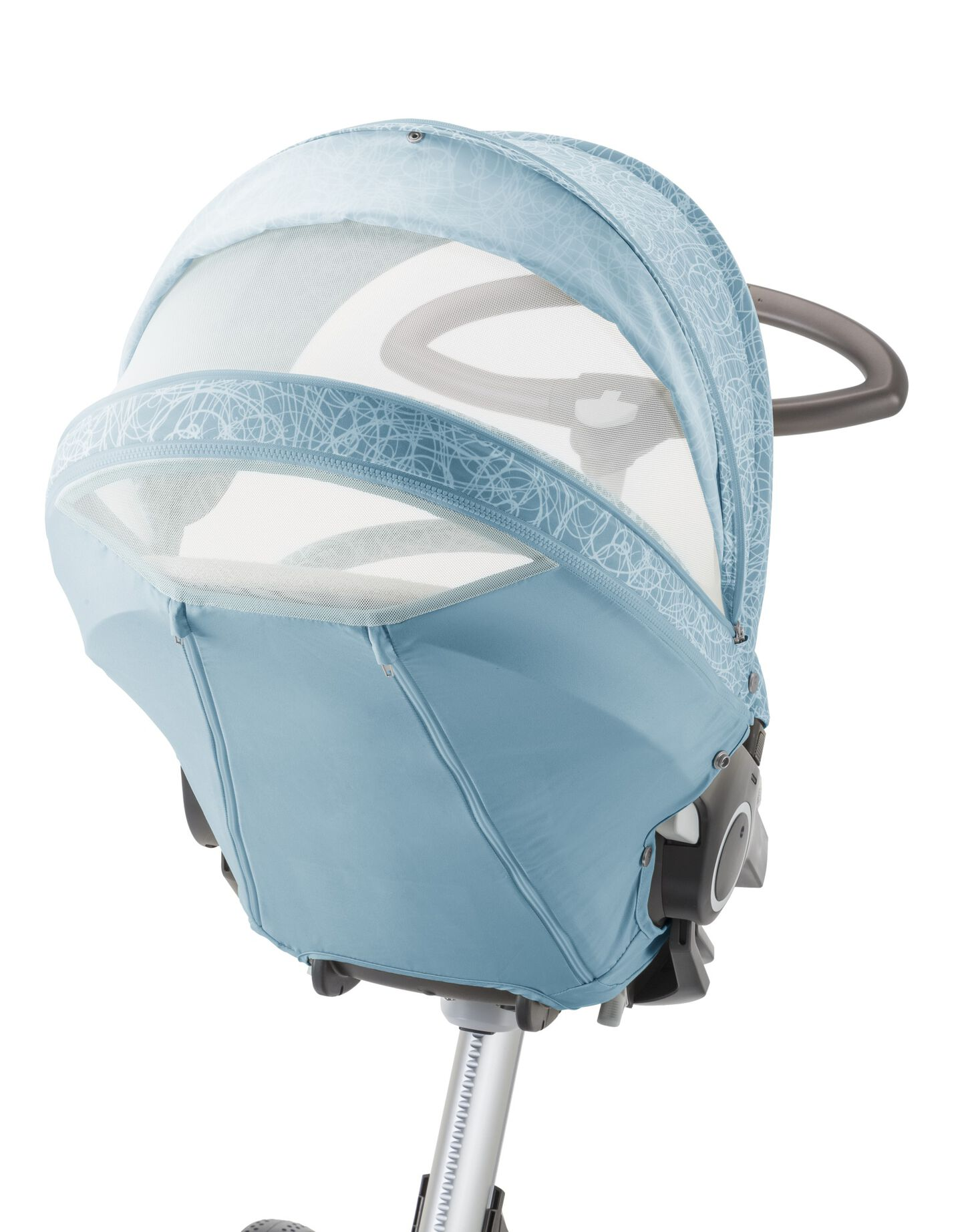Stokke® Xplory® with Stokke® Stroller Seat and Scribble Bluebell Blue Summer Kit. Detail.