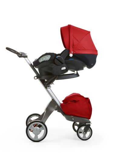 Stokke® iZi Sleep™ X3, Red and Stokke® Xplory® chassis.