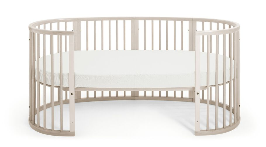 Junor Bed, Whitewash.