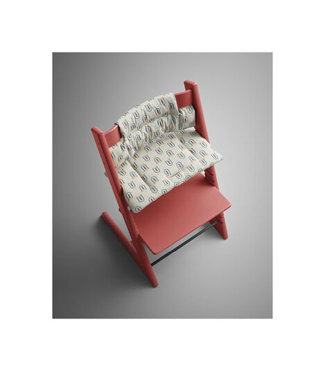 Tripp Trapp® Warm Red with Classic Cushion Robot Grey. Styled. view 3