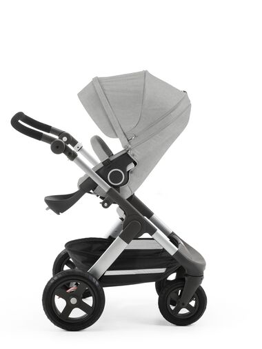 Stokke® Trailz™ with Stokke® Stroller Seat, Grey Melange.