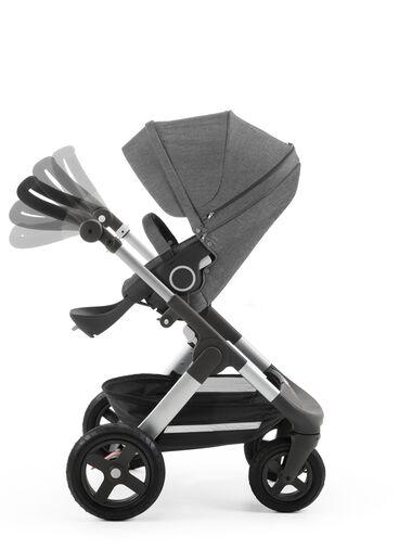Stokke® Trailz™ with Stokke® Stroller Seat Black Melange. Handle positions.