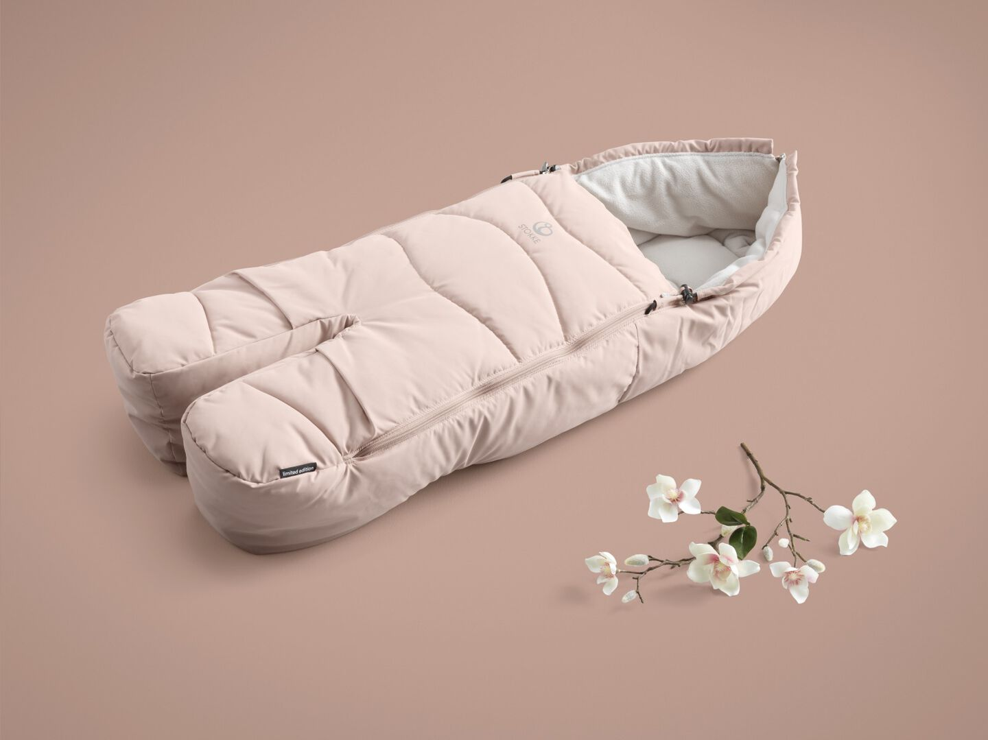 Stokke® Stroller Foot Muff Balance Limited Edition. Soothing Pink.