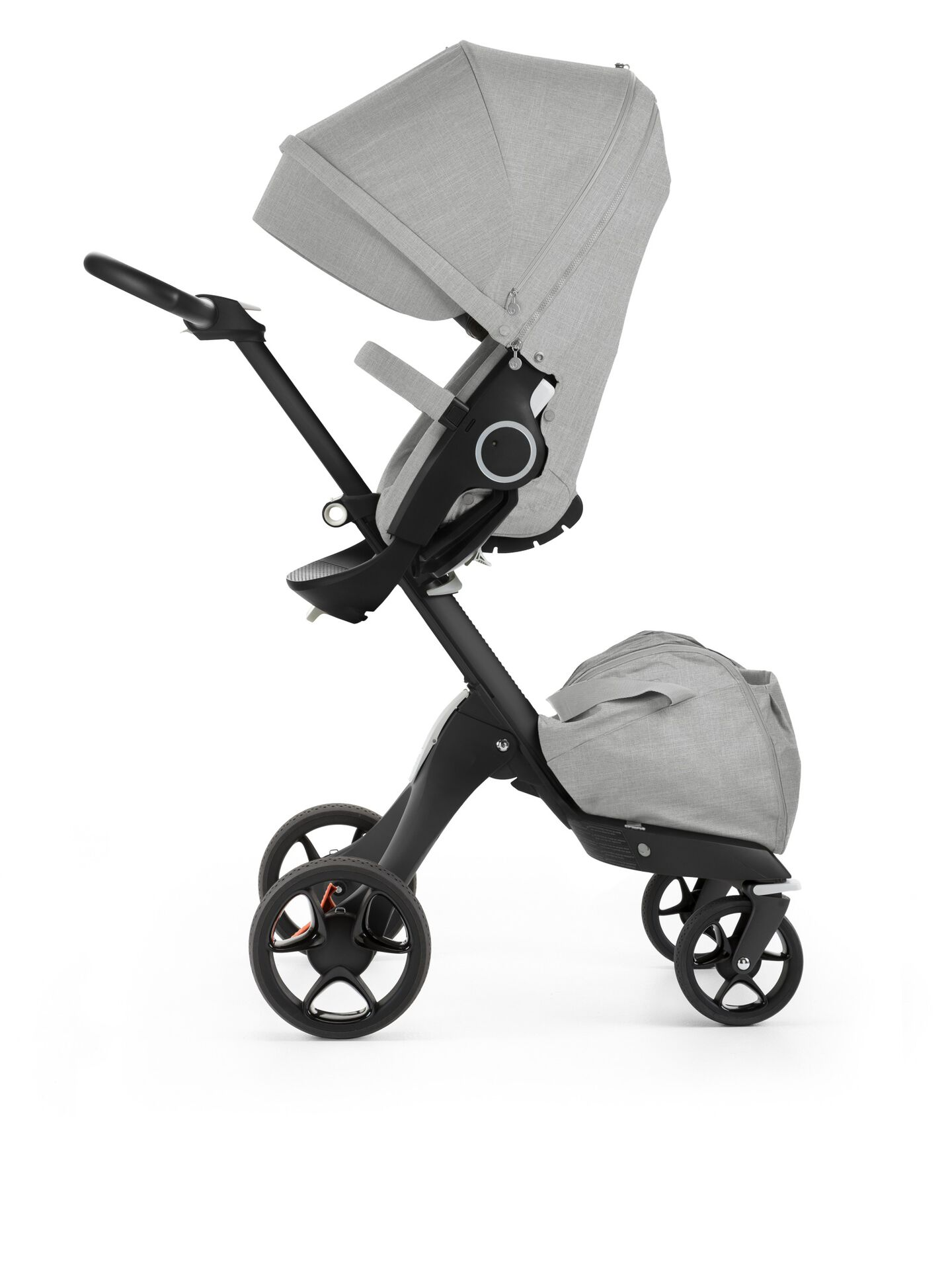 Stokke® Xplory® with Black Chassis and Stokke® Stroller Seat, Grey Melange. New wheels 2016.