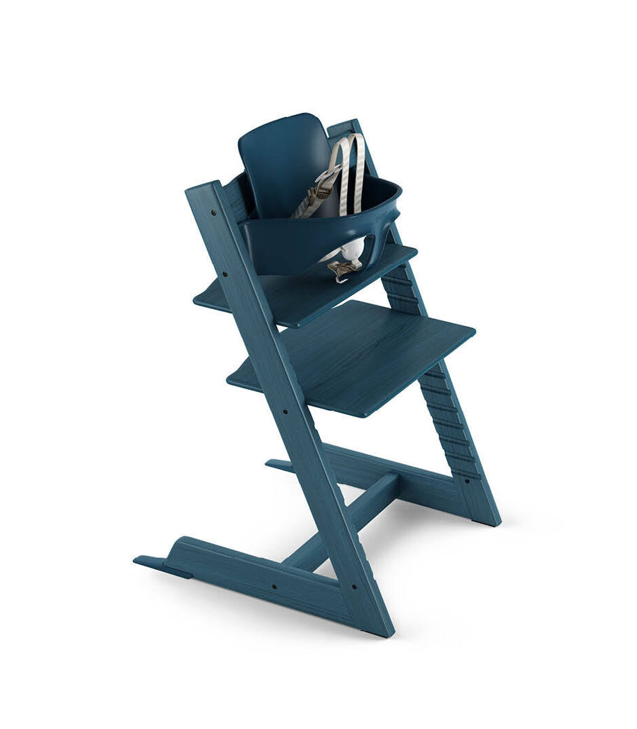 Tripp Trapp® Midnight Blue with Tripp Trapp® Baby Set. US version. 3D rendering.