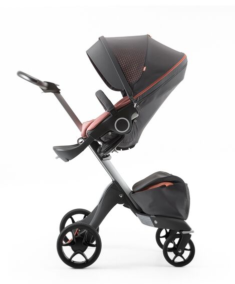 Stokke® Xplory® Silver Chassis and Seat. Athleisure Coral.