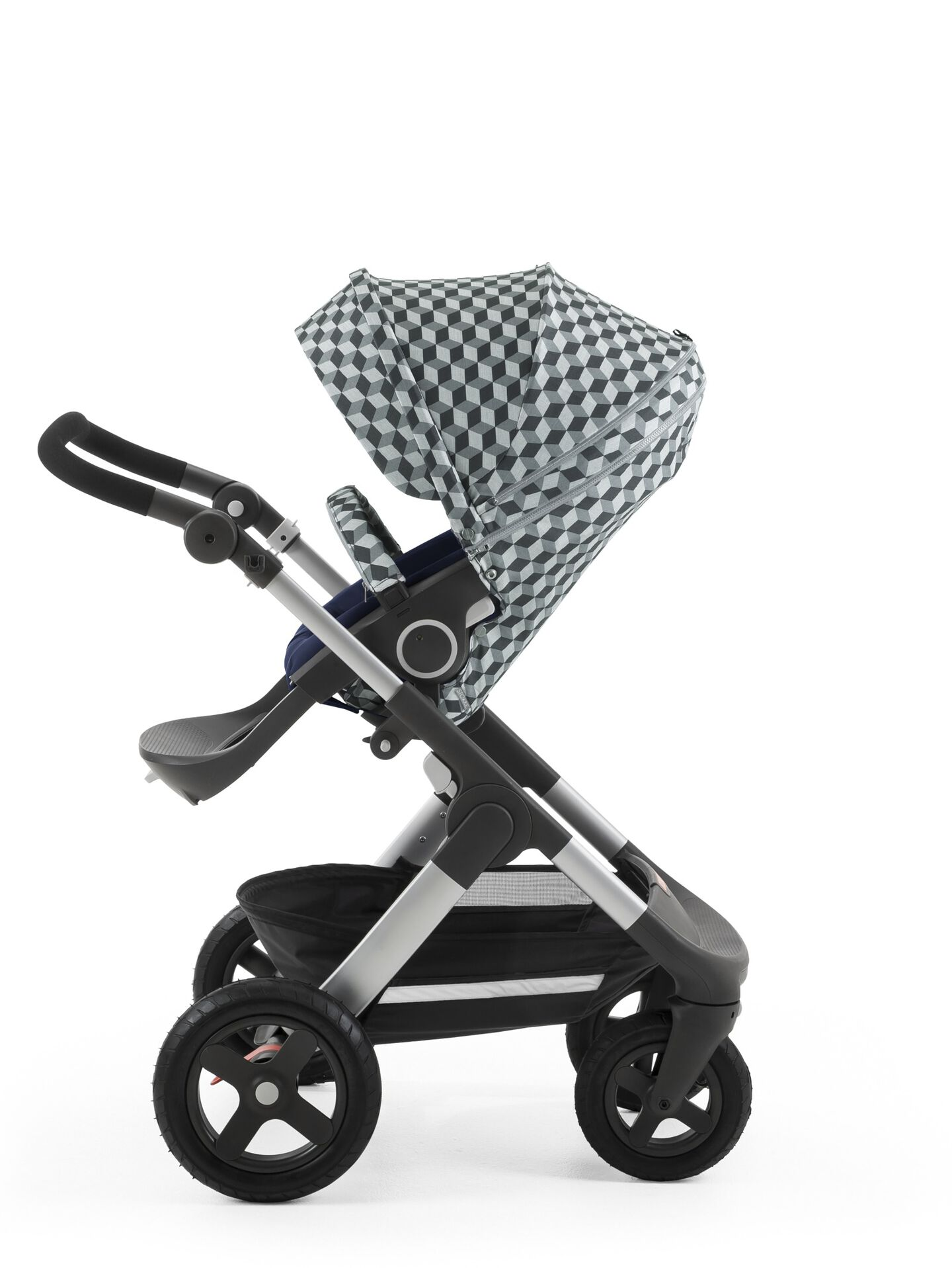 Stokke® Stroller Seat Style Grey Cube with Stokke® Trailz™ chassis, Deep Blue.