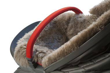 Stokke® Xplory® with Stokke® Sheepskin Lining. Detail.