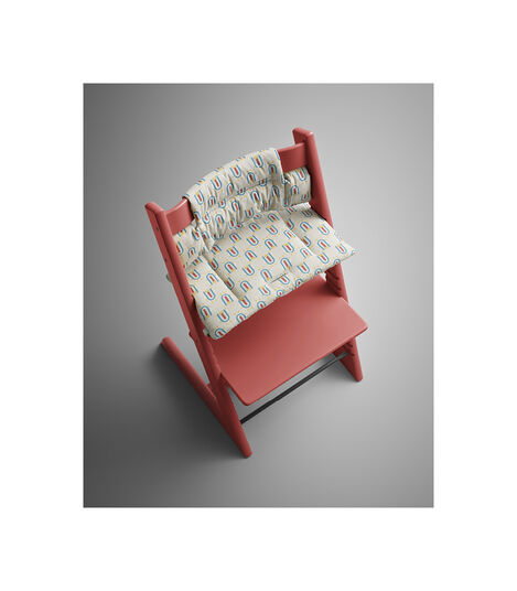 Tripp Trapp® Warm Red with Classic Cushion Robot Grey. Styled. view 2