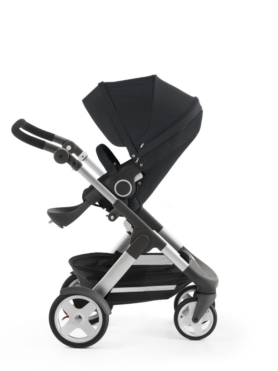 Stokke® Trailz™ with Stokke® Stroller Seat, Black. Classic Wheels.