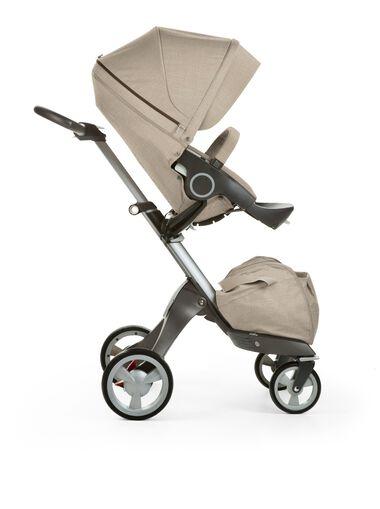 Stokke® Xplory® with Stokke® Stroller Seat, Beige Melange.