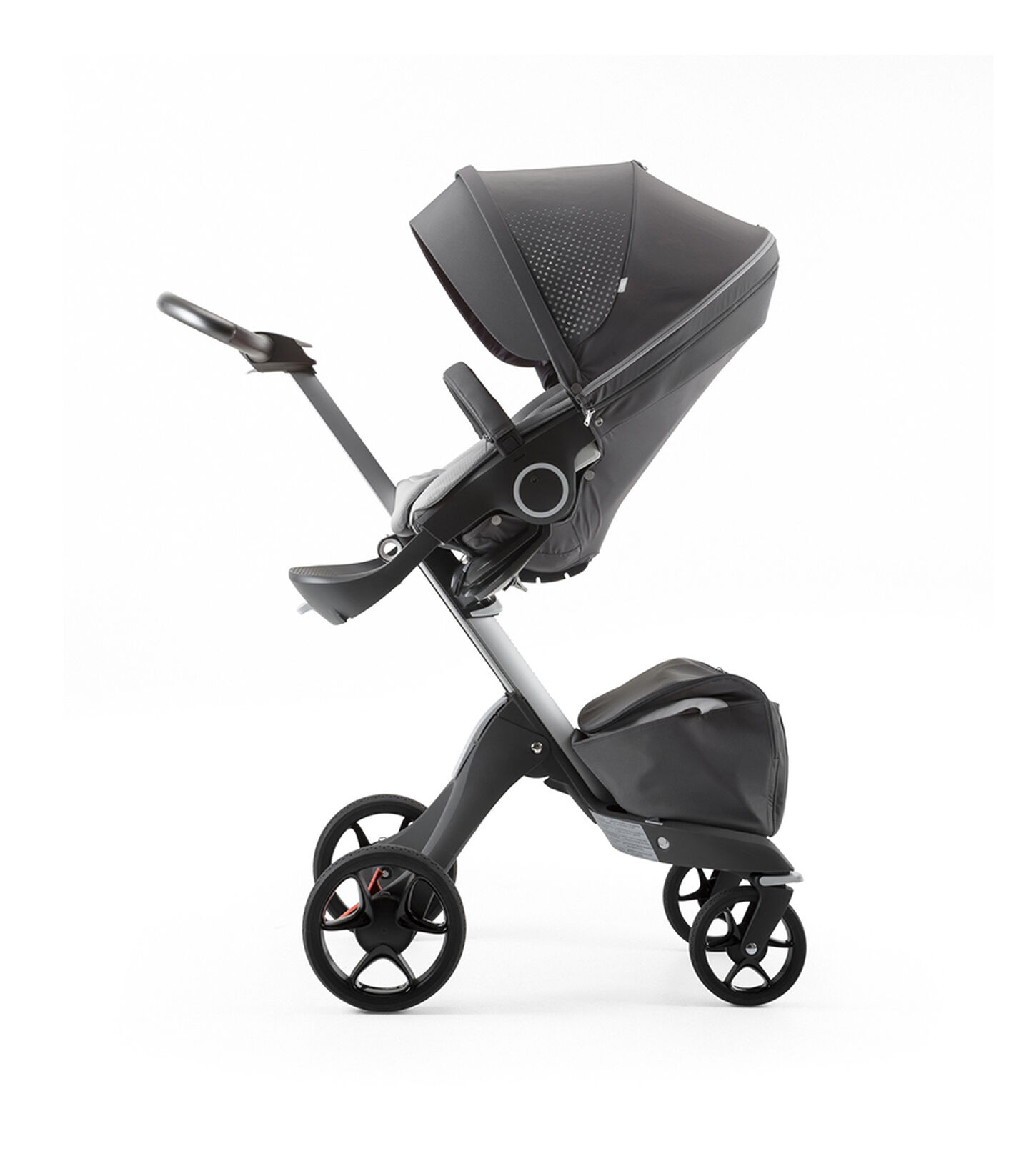 Stokke® Xplory® Silver Chassis and Seat. Athleisure Grey. view 2