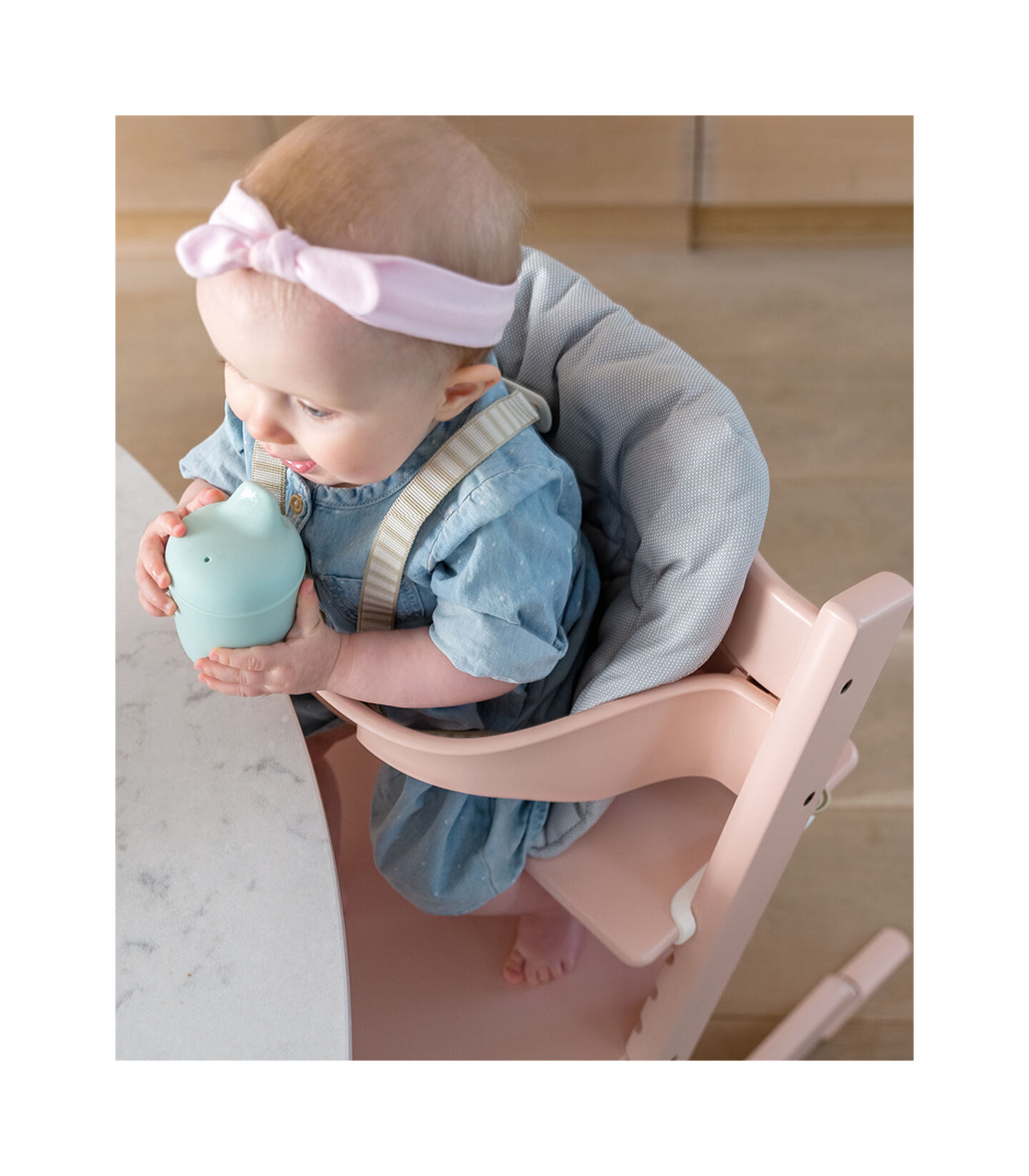 Tripp Trapp® Serene Pink, Beech wood. With Tripp Trapp® Baby Set. view 2