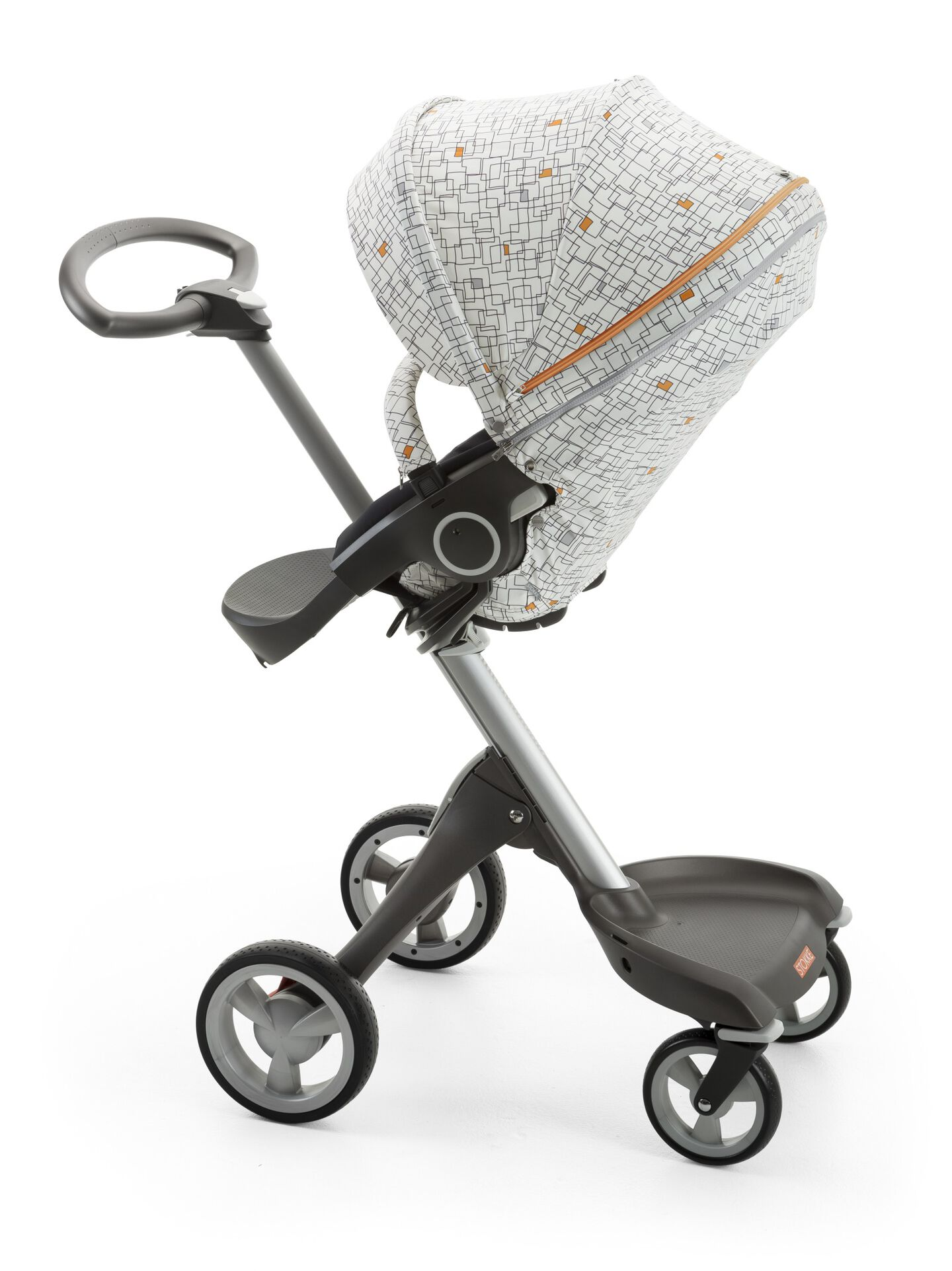 Stokke® Xplory® with Stokke® Stroller Seat and Grid Style Kit.