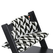 Tripp Trapp® Black with Black Chevron cushion. Detail.
