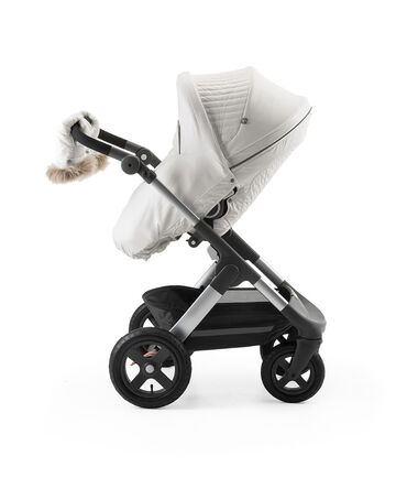 Stokke® Trailz™ and Stokke® Stroller Seat with Winter Kit Pearl White.