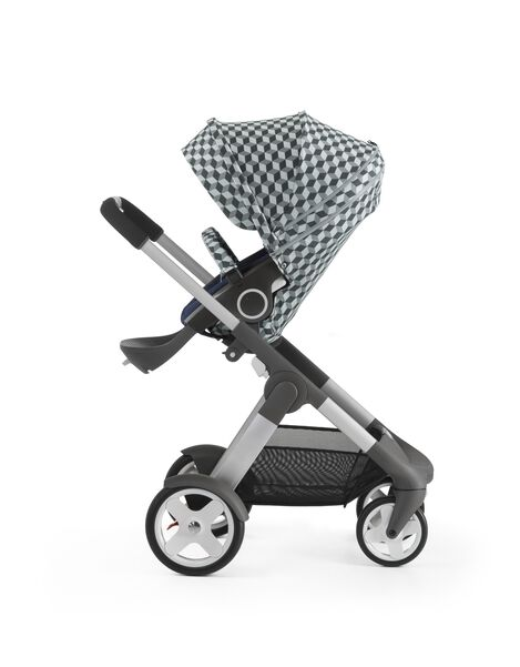 Stokke® Stroller Seat with Style Kit Grey Cube and Stokke® Crusi™ chassis, Deep Blue.