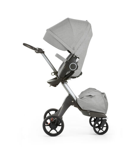Stokke® Xplory® with Stokke® Stroller Seat, parent facing, active position. Grey Melange. New wheels 2016. view 3