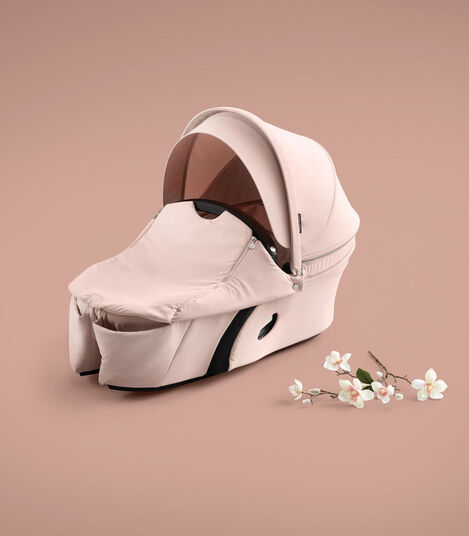 Stokke® Xplory® Carry Cot Balance Limited Edition. Soothing Pink.