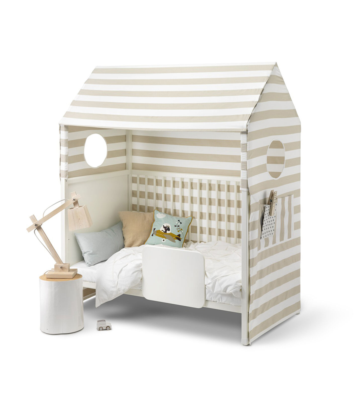 Stokke® Home™ Bed, White. With Stokke® Home™ Bed Tent textile.