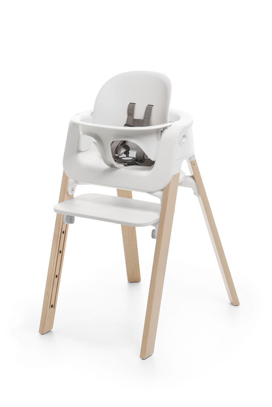 Stokke® Steps™ Natural highchair with Baby Set White.
