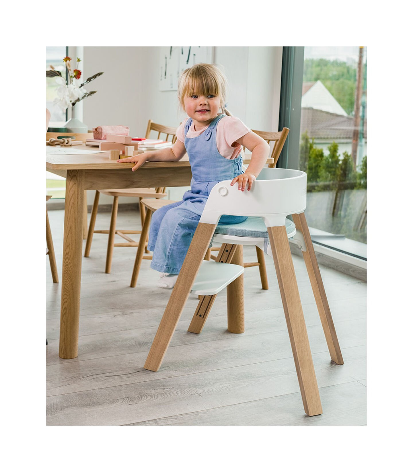 Stokke® Steps™ Chair Oak White Legs with White, White, mainview view 2