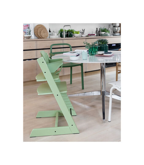 Tripp Trapp® Chair Moss Green, Verde Musgo, mainview view 3