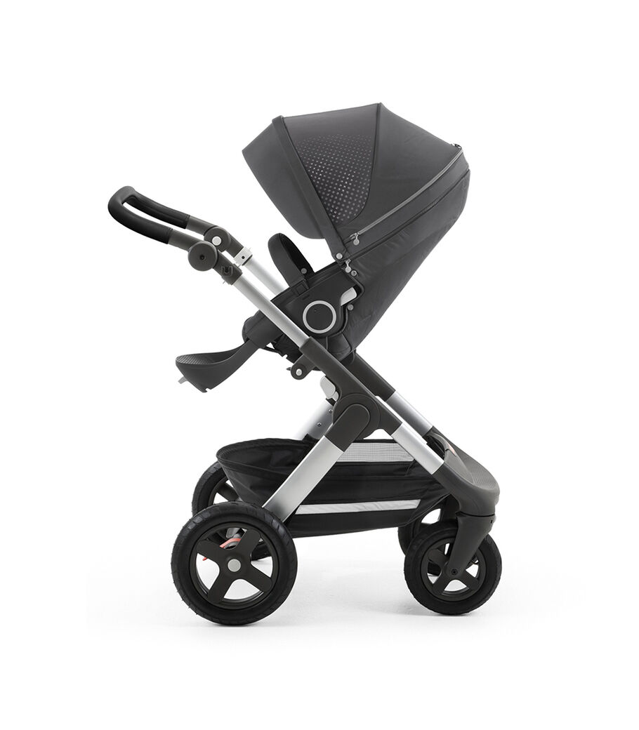 Stokke® Trailz™ with Silver Chassis and Stokke® Stroller Seat Athlesure Grey. Terrain Wheels. view 10