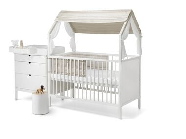 Stokke® Home™ Concept. Bed, Dresser with Changer and Cradle. Stokke® Home™ Roof textiles, Natural.