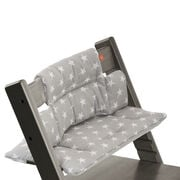 Tripp Trapp® Hazy Grey with Grey Star cushion. Detail.