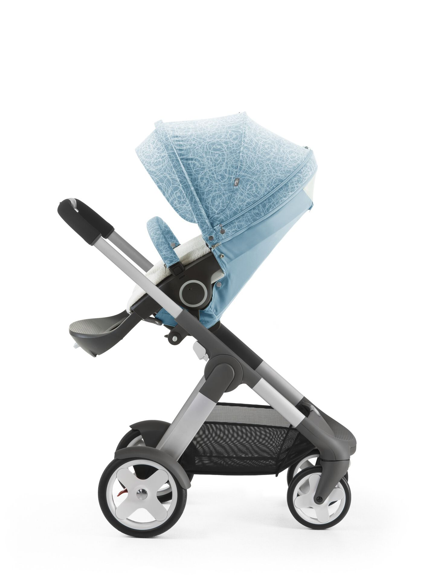 Stokke® Crusi™ with Stokke® Stroller Seat and Scribble Bluebell Blue Summer Kit