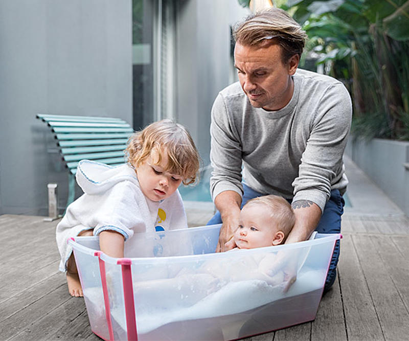 father_playing_with_kids
