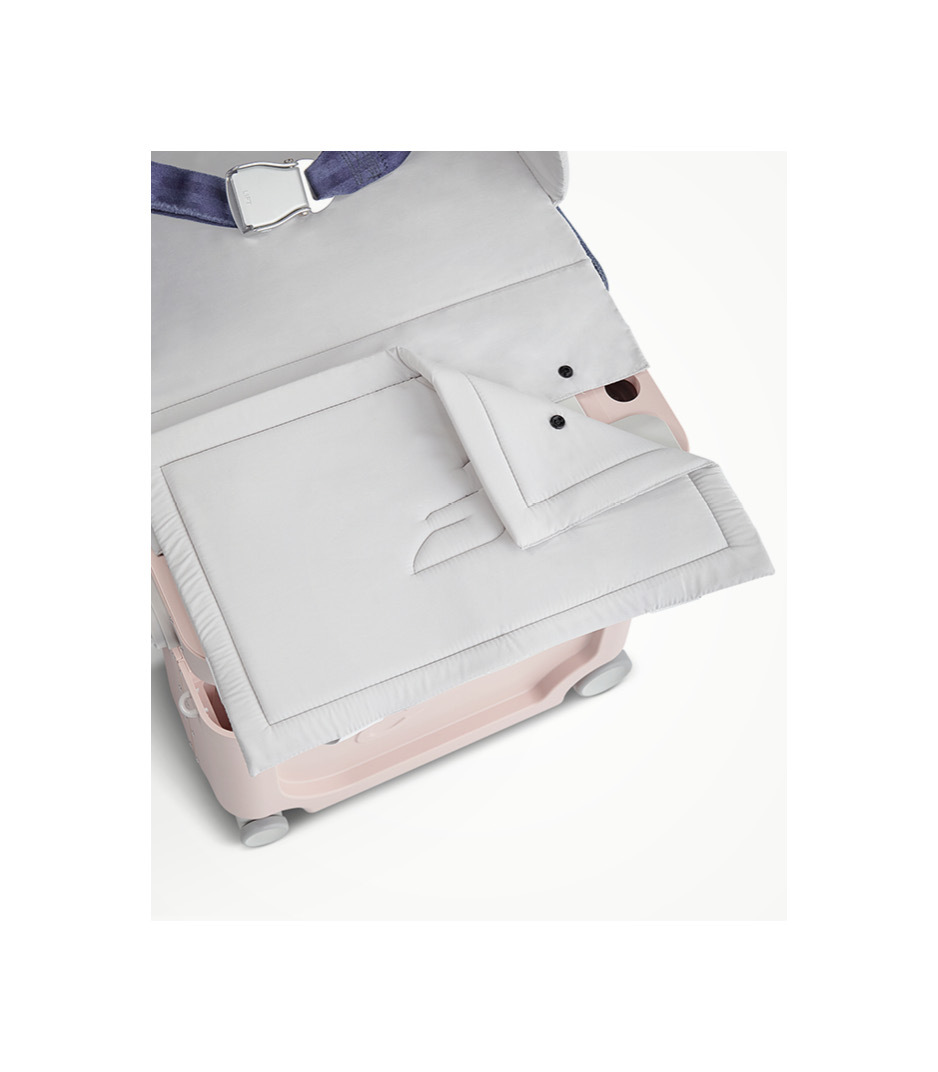 JetKids™ by Stokke® BedBox V3 in Pink Lemonade. Detachable Mattress.
